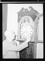 Menzies and Clock [Unpublished]